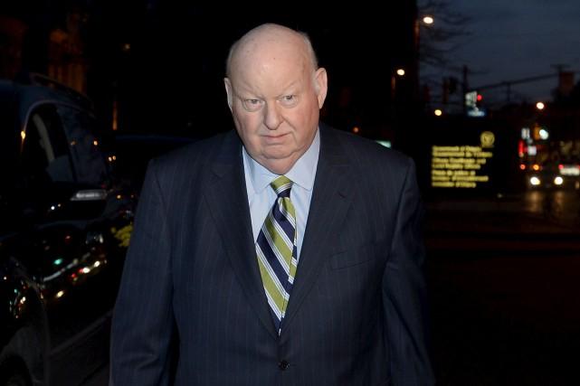 Le sénateur Mike Duffy, à sa sortie du... (Justin Tang, PC)