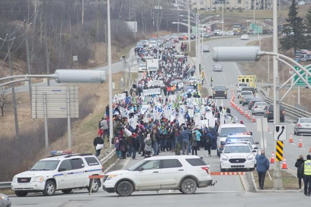 Quelque 2000 travailleurs de la fonction publique se... (Spectre Média, Julien Chamberland)