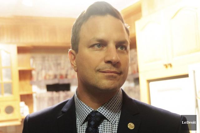 Le candidat Jean-François LeBlanc... (Etienne Ranger, LeDroit)