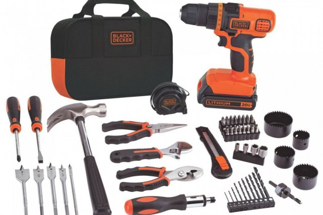 Ensemble Black & Decker Project Kit avec perceuse-visseuse 20 V... (PHOTO FOURNIE PAR BLACK & DECKER)