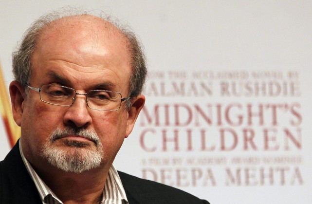 Salman Rushdie... (PHOTO ARCHIVES AP)