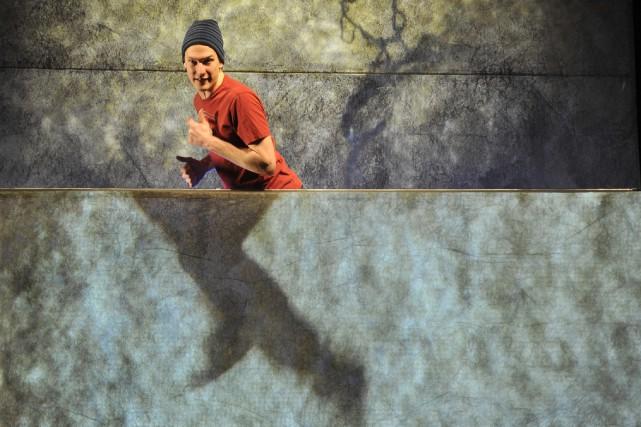 Le comédien Hubert Lemire incarne brillamment Réal de... (Photo courtoisie, Louise Leblanc)