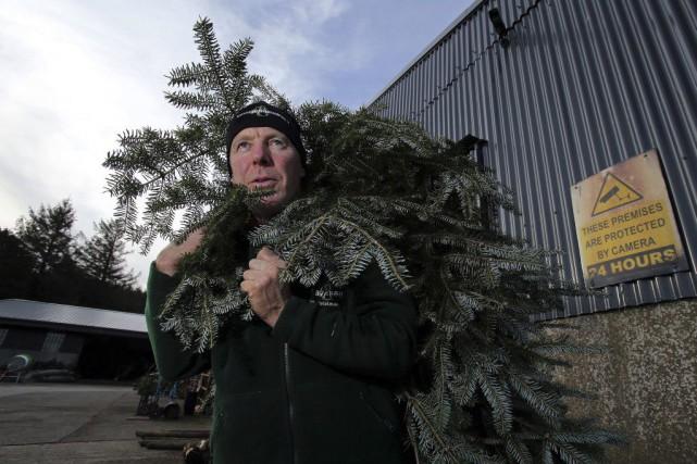 L'agriculteurChristy Kavanagh a installé des caméras de surveillance... (PHOTO PAUL FAITH, AFP)