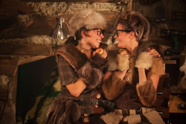 Le jeu extrêmement physique des interprètes-les deux Incomplètes,... (Photo fournie par la Maison théâtre)
