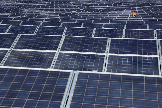 Le passage des énergies fossiles aux énergies renouvelables... (AFP, Cesar Manso)