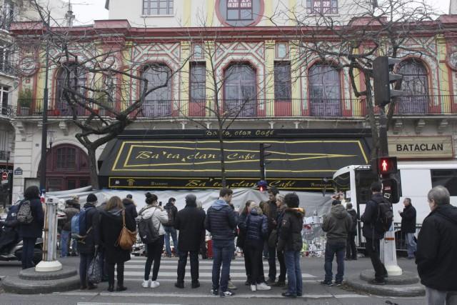 Le Bataclan a été le théâtre de l'attaque... (PHOTO MATTHIEU ALEXANDRE, AFP)