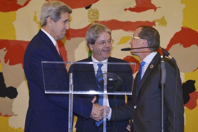 John Kerry (secrétaire d'État américain),Paolo Gentiloni (ministre italien... (Photo Mandel Ngan, Reuters)