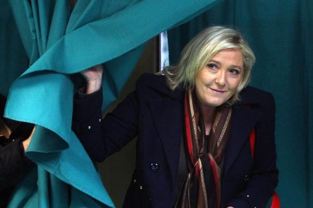 Marine Le Pen... (PHOTO MICHEL SPINGLER, AP)
