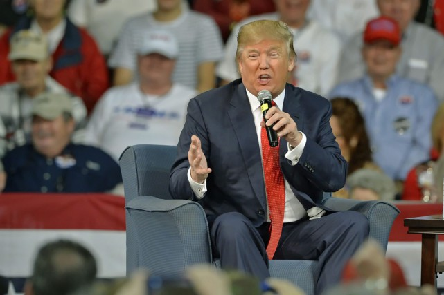 Le candidat à l'investiture républicaine Donald Trump à... (Photo Richard Shiro, AP)