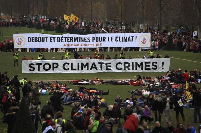 Éditorial / Les 195pays réunis à Paris pour la Conférence des... (The Associated Press, Thibault Camus)