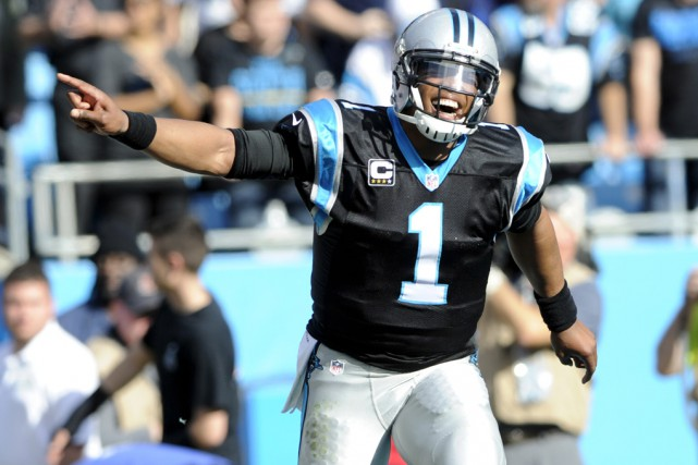 Le quart Cam Newton a fait mousser sa... (Associated Press)