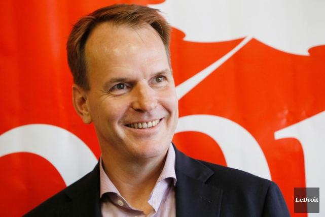 Le député fédéral de Gatineau, Steve MacKinnon, fonde... (Simon Séguin-Bertrand, Archives LeDroit)