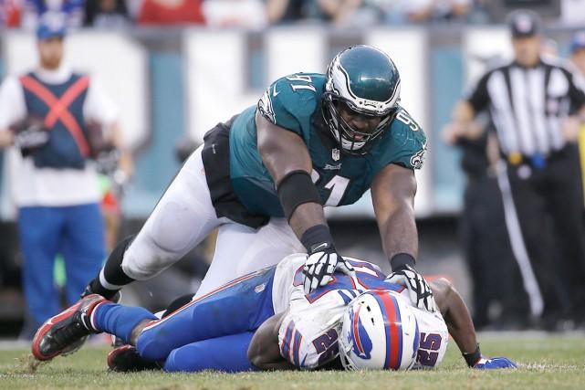 Le demi-offensif des Bills de Buffalo et ancien... (AP, Michael Perez)
