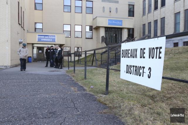 Pour la première fois, quatre sections de vote... (Julie Catudal, La Voix de l'Est)