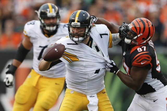 Ben Roethlisberger et son attaque ont marqué au... (Associated Press)