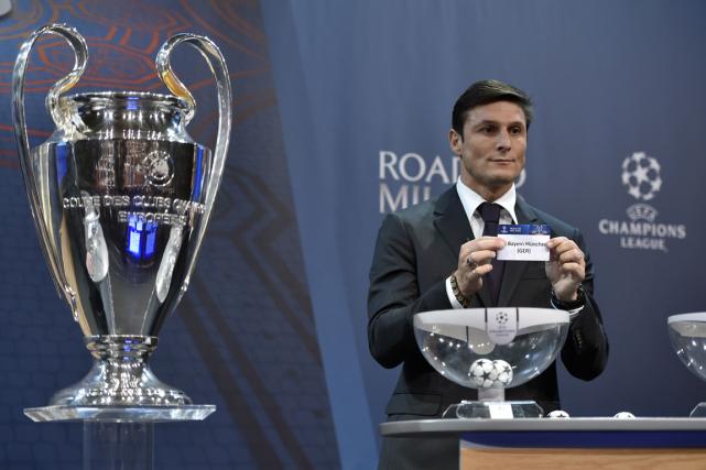 Le tirage au sort des huitièmes de finale... (Photo Fabrice Coffrini, AFP)