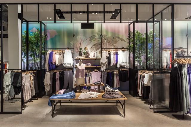 La nouvelle boutique d'Aritzia aux Promenades Saint-Bruno.... (PHOTO FOURNIE PAR ARITZIA)