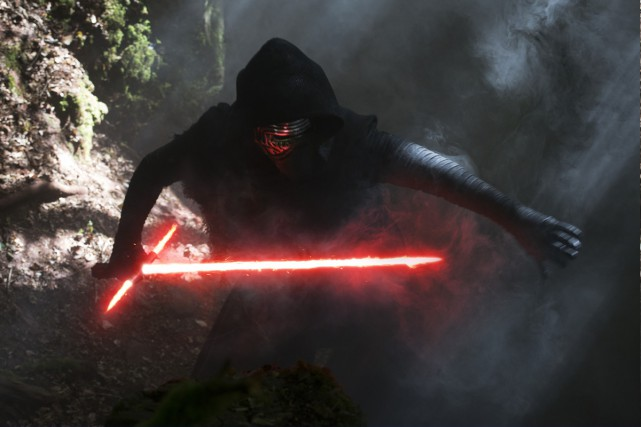 Adam Driver est Kylo Ren.... (PHOTO LUCASFILM)