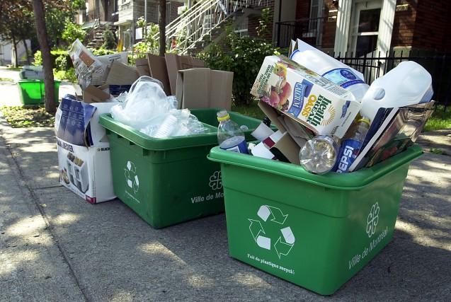 «La récupération du plastique coûte sept fois plus... (PHOTO ROBERT MAILLOUX, ARCHIVES LA PRESSE)