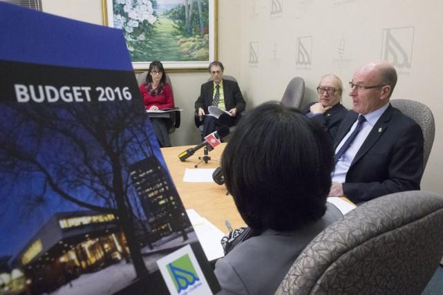 Le conseil municipal de Trois-Rivières a décidé de... (Stéphane Lessard)