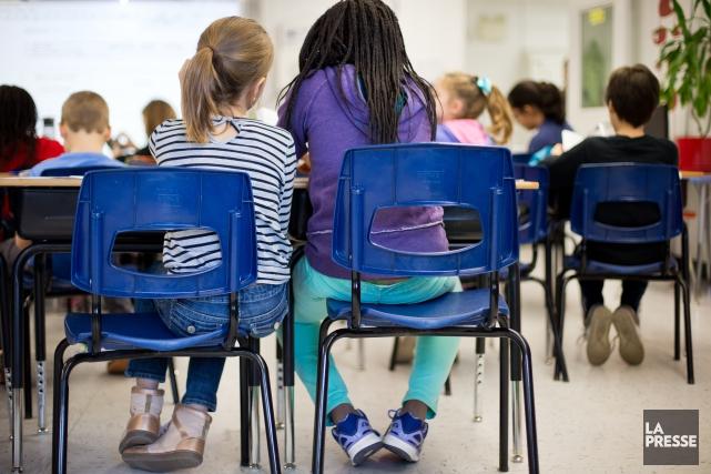 Les élèves et parents de deux écoles anglophones ont poussé un soupir de... (PHOTO SARAH MONGEAU-BIRKETT, ARCHIVES LA PRESSE)