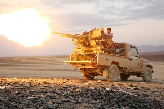 Des hommes loyaux aux forces du président Hadi... (PHOTO ABDULLAH AL-QADRY, AFP)