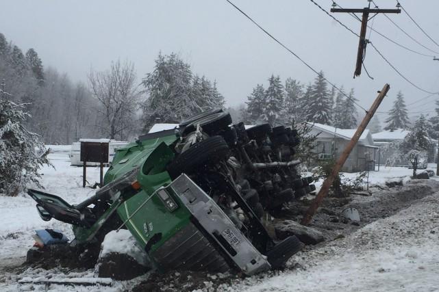Un accident de la route a perturbé la circulation mardi au kilomètre 106 de la... (Courtoisie)