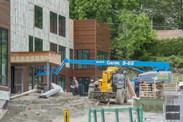 La Ville de Sherbrooke a délivré un nouveau certificat de construction pour la... (Archives La Tribune)