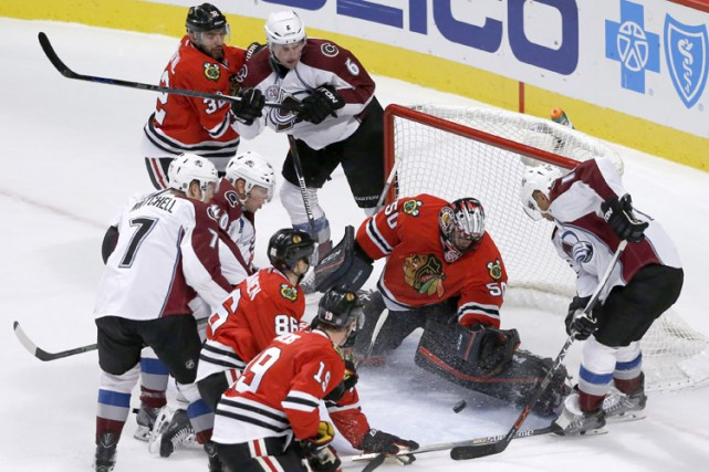 Semyon Varlamov a repoussé 29 lancers pour signer son premier jeu blanc de la... (PHOTO AP)