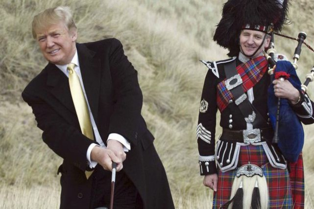 Donald Trump, à son terrain de golf en... (PHOTO DEREK BLAIR, ARCHIVES AFP)