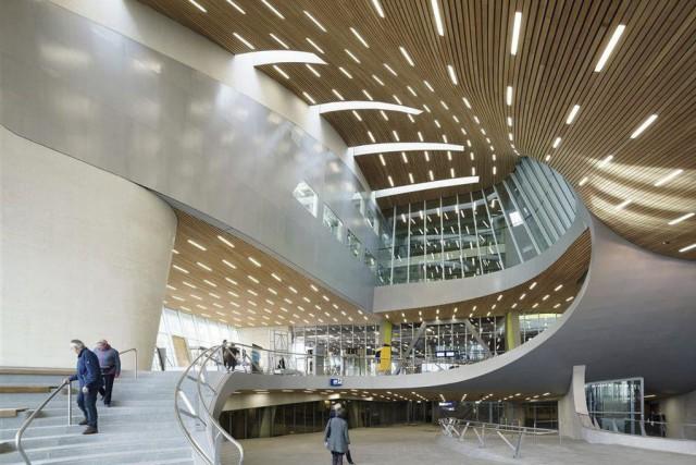 La nouvelle gared'Arnhem, aux Pays-Bas, pourrait attirer bien... (PHOTO RONALD TILLEMAN)
