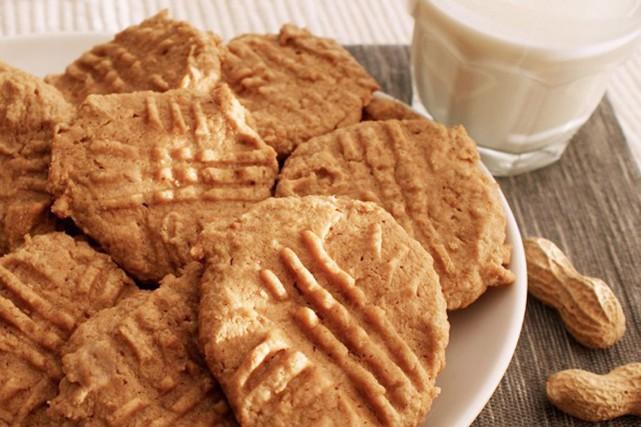 Patrice Demers est catégorique: il ne faut pas que vous jetiez vos biscuits de... (PHOTO ARCHIVES LA PRESSE CANADIENNE)
