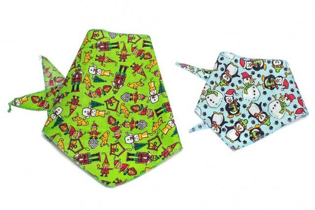 Ces bandanas pour chien ou chat sont offerts... (PHOTO OLIVIER PONTBRIAND, LA PRESSE)