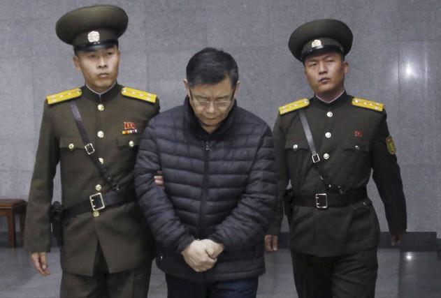 Hyeon Soo Lim, un pasteur d'origine sud-coréenne officiant... (Associated Press, Jon Chol Jin)