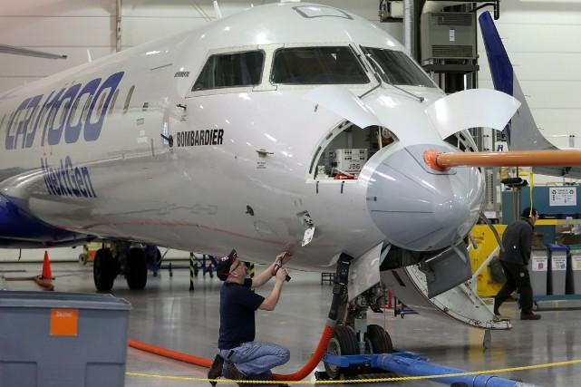 Les exportations d'aéronefs ont affiché la baisse la... (PHOTO ARCHIVES BLOOMBERG)