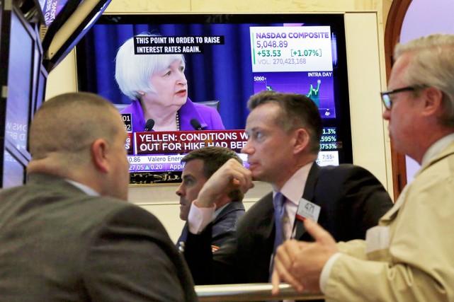 La Réserve fédérale des États-Unis augmente les taux d'intérêt, qui se... (AP, Richard Drew)