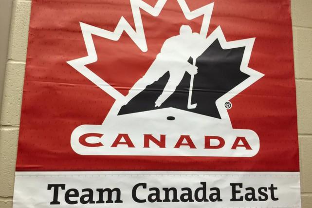 Édouard Michaud et Équipe Canada Est ont accédé aux demi-finales du Championnat...