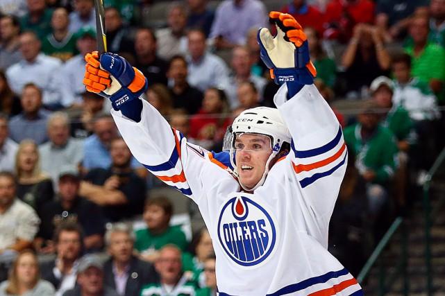 Le prodige des Oilers d'Edmonton, Connor McDavid, est...