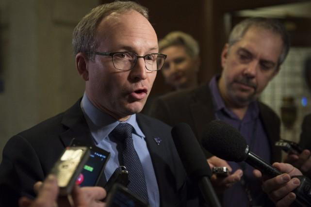Le président du Conseil du trésor, Martin Coiteux.... (PHOTO JACQUES BOISSINOT, LA PRESSE CANADIENNE)