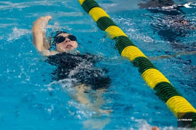 Le Club de natation Memphrémagog (CNM) fait sa place au soleil. Non seulement... (Archives La Tribune)
