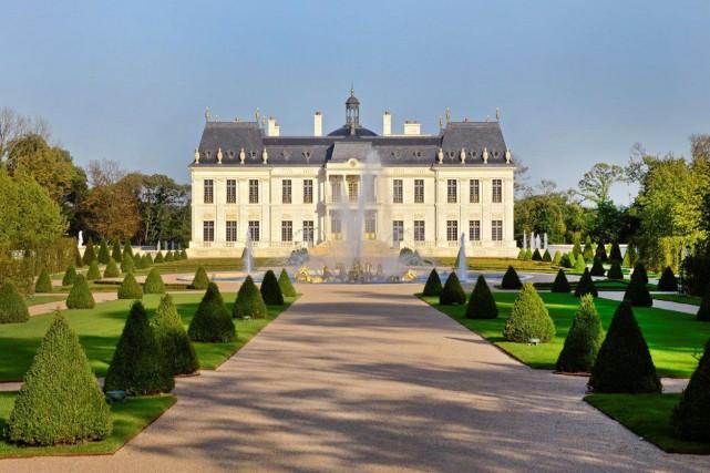 Bâtie à Louveciennes, dans l'ouest de Paris, sur... (Photo Patrick Diaz, Wikimedia Commons)