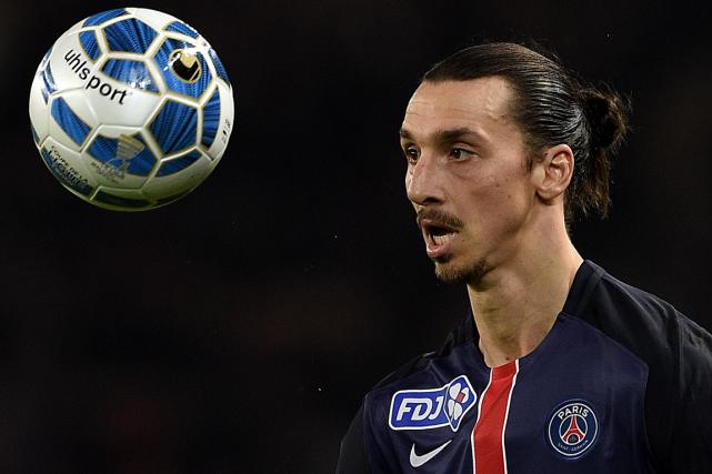 Le contrat de l'attaquant vedette Zlatan Ibrahimovic avec... (Photo Franck Fife, AFP)