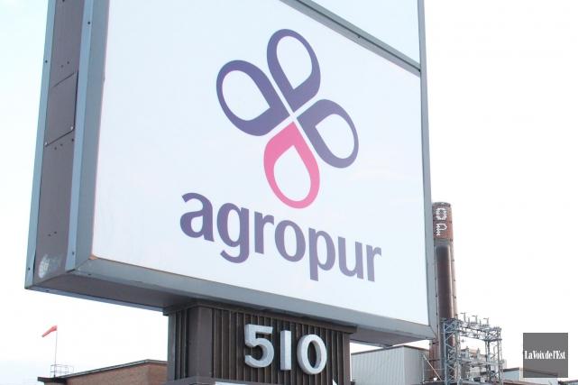 Un an après avoir investi 470 millions $ dans Agropur l'an dernier, six... (Archives La Voix de l'Est)