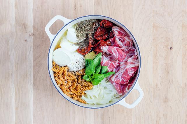 Le monde culinaire a trouvé sa tendance du moment: leone-pot pasta.... (Photo Akiko Ida, fournie par les éditions Marabout)