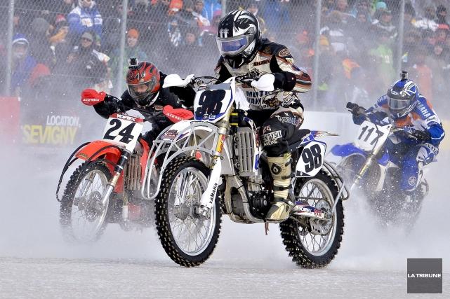 Un important changement sera apporté aux épreuves de VTT et de motos sur glace... (Archives La Tribune)