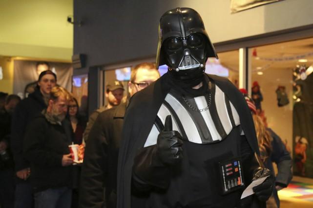 Certains fans s'étaient déguisés pour l'occasion.... (Photo Julie Catudal)