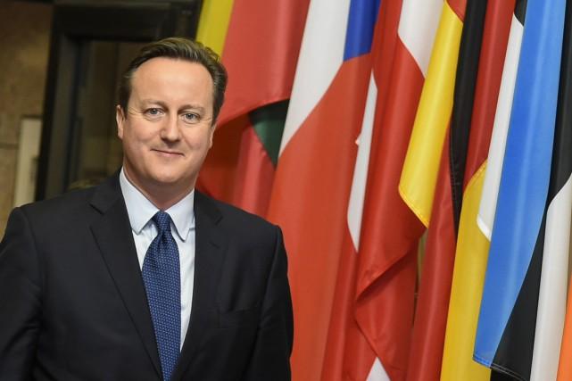 Sous pression des eurosceptiques, le PM du Royaume-Uni... (Photo JOHN THYS, AFP)