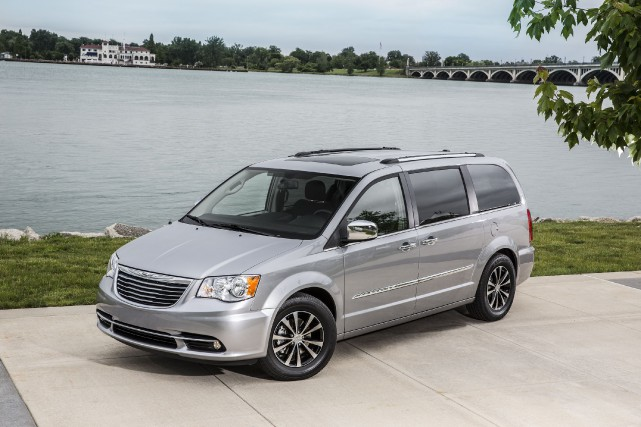 Le Chrysler Town & Country 2016... (PHOTO FOURNIE PAR CHRYSLER)