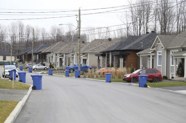 Les valeurs des résidences situées dans les quartiers... (photo Janick Marois)