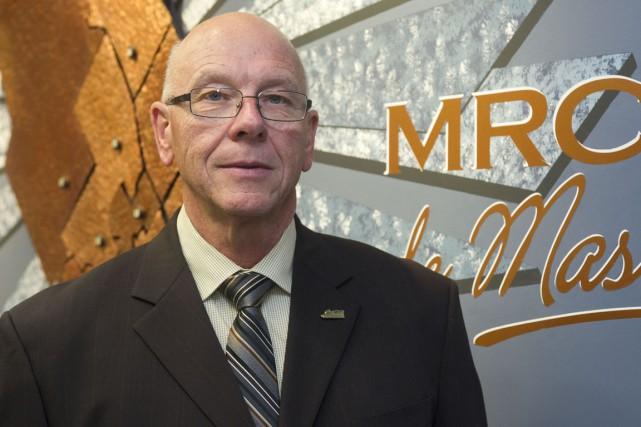 Le maire de Saint-Mathieu-du-Parc,Claude McManus.... (Stéphane Lessard)